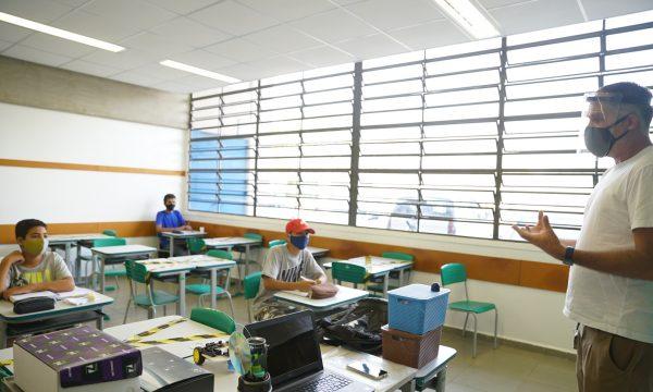 Governo de SP vai investir R$ 303,5 milhões no Novo Ensino Médio