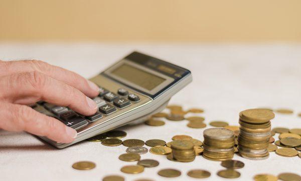 MEC gasta só 6% de recursos livres para educação básica